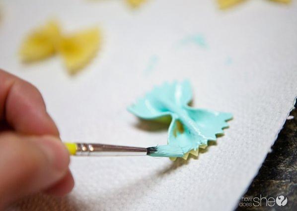 painting pasta colorare la pasta farfalle