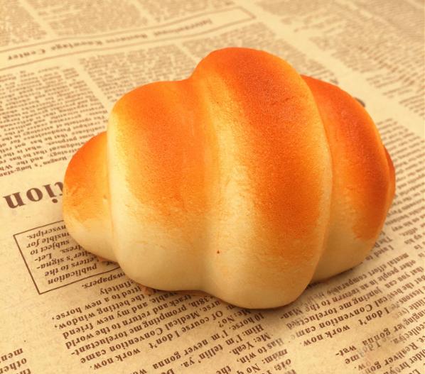 Jumbo Croissant squishy