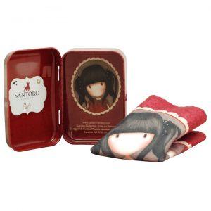 496GJ01-Gorjuss-Tin-with-Cloth-Ruby-Open-bimba-bambina-rosso-cagnolino-cagnolini-latta-panno-scatola-contenitore