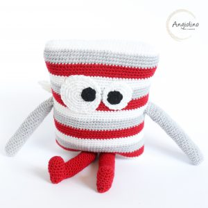 amigurumi-angel-angiolino-angioletto-cuscino-new-born-neonato-ali-wings